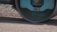 Asfalt wegenbouw en Street weg werkplek met bulldozer bereiden grind