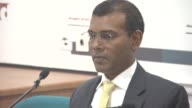 ATMOSPHERE at Press Conference with President Nasheed of the Maldives his Lawyers Jared Genser Amal Clooney and Ben Emmerson on January 25 2016 in...
