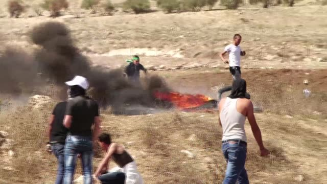 At the Huwara check point near Nablus young Palestinians on Sunday threw stones at Israeli soldiers who at first responded by firing teargas before...