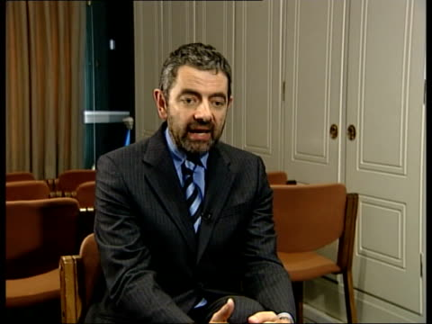 Atkinson opposes ENGLAND London INT Rowan Atkinson interview SOT I am concerned that it invests too much power in the government over who says what...
