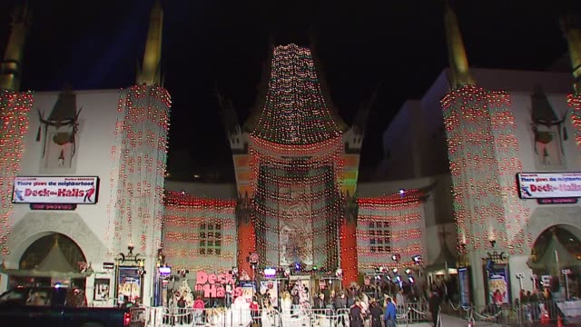 Atmosphere at the 20th Century Fox's 'Deck the Halls' World Premiere at Grauman's Chinese Theatre in Hollywood California on November 12 2006