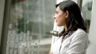 Attraktive asiatische Geschäftsfrauen