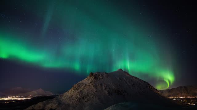 ZEITRAFFER: Aurora Borealis