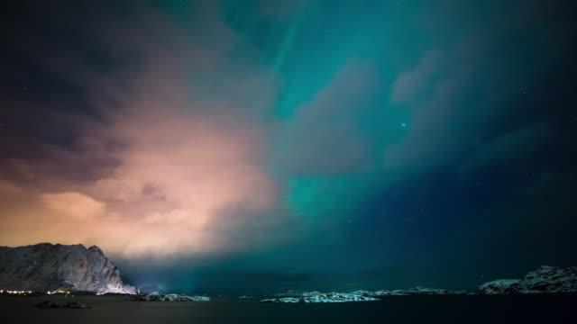 TIME LAPSE: Aurora Borealis