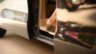 HD: Automatic Car Door