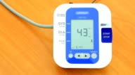 HD: Automatic Digital Blood Pressure Monitor