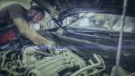 Auto riparazione negozio. time lapse video 4 K