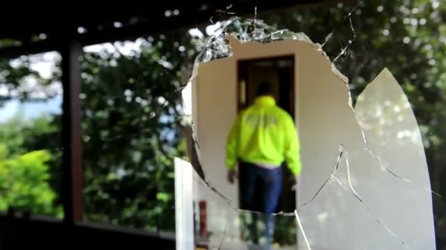 Autoridades colombianas mostraron este jueves la casa del que consideran uno de los jefes mas importantes del narcotrafico del pais Medellin Colombia