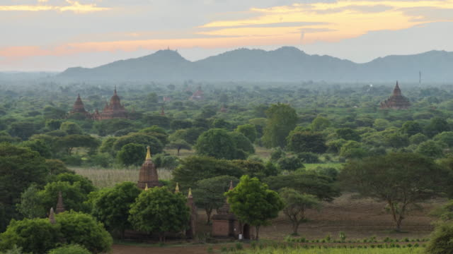 Bagan Archaeological Zone at Sunrise (2) - 4K Time lapse