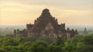 Bagan Archaeological Zone, Big Pagoda at Sunrise (3) - 4K Time lapse
