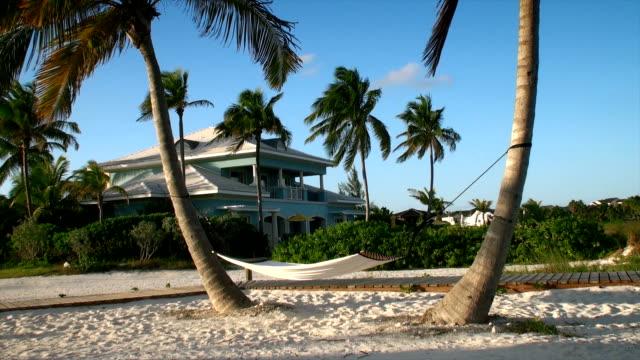 Bahama - House