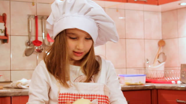Baking girl (HD)