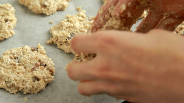 baking oatmeal cookies