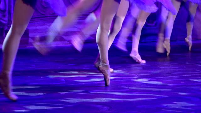 ballet - dance on pointe