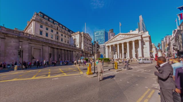 Bank of England and road traffic in the City of London.