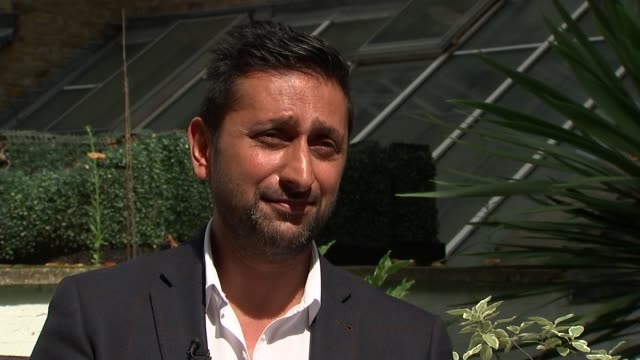 Suspects give testimony at high court ENGLAND London DAY Harry Athwal interview SOT re Barcelona attack CUTAWAYS reporter