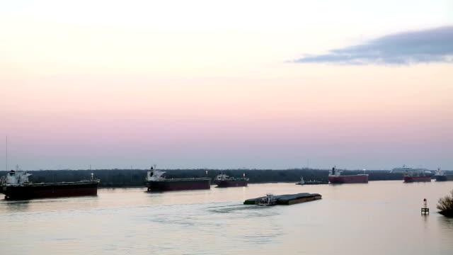 Chiatta Barca a vela sul fiume Mississippi