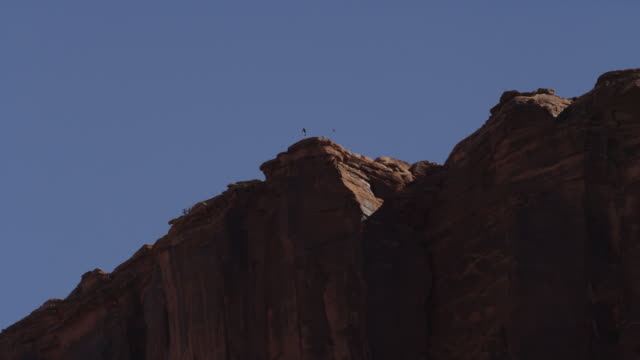 Base jumper flies off Utah cliffs, slow motion