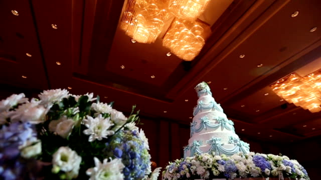 Beautiful Cake for wedding ceremony, Dolly Shoot HD VDO