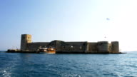 Schöne Aussicht von der mittelalterlichen Burg in der Mittelmeerküste