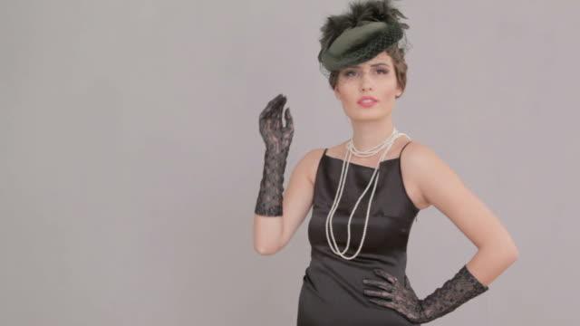 Schöne Frau im vintage Foto-shooting