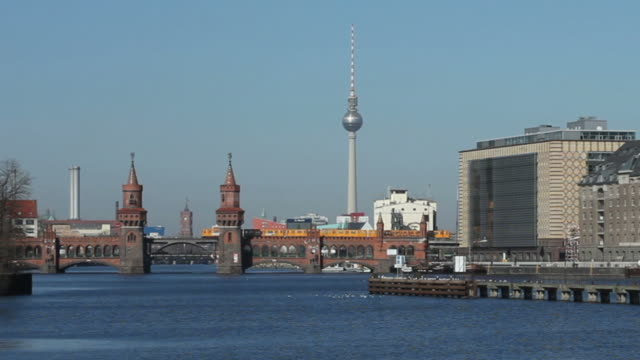 Berlin Panorama in winter - Spree