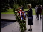 Best of 1990 Collection T08069009 861990 Margaret Thatcher visits Moscow Moscow Margaret Thatcher MP takes part in ceremony honouring dead in World...