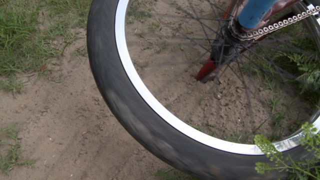 SLO MO CU Bicycle wheel spinning / Jacksonville, Florida, USA