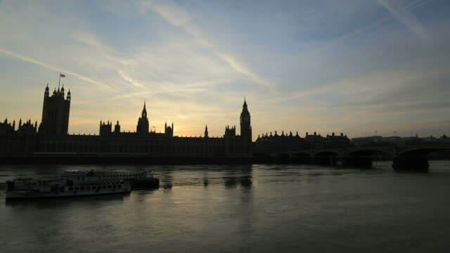Big Ben and Parliament time-lapse. London sunset. Day to night