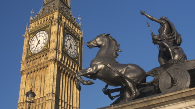 Big Ben and the statue of Boadicea and Her Daughters