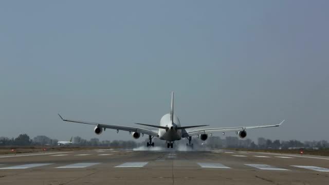 big jet airplane flying overhead HD