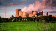 CRANE UP: Big Power Plant