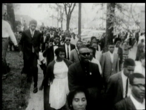 Black crowd walking in protest of segregation / Alabama United States