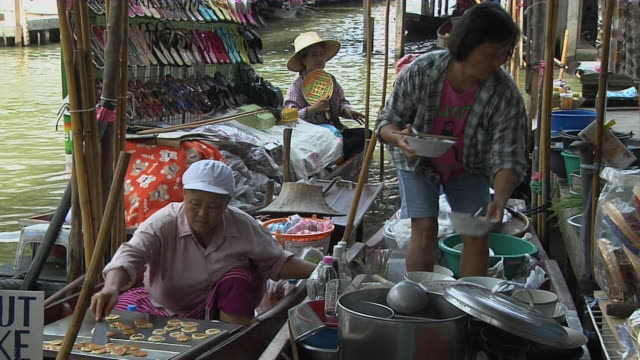 Block Shot Food Vendor Floating Market Bangkok Thailand