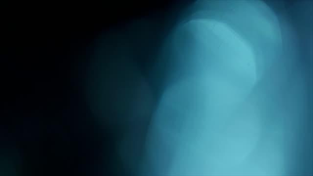 Blauwe abstracte achtergrond met bokeh - 4K