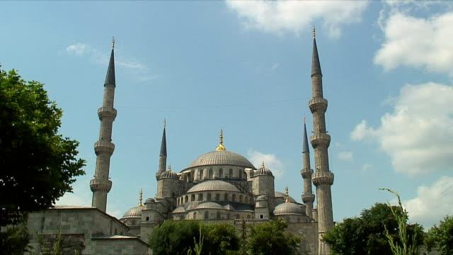MS LA Blue Mosque exterior / Istanbul, Turkey