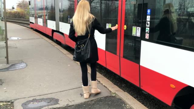Aan boord van de tram