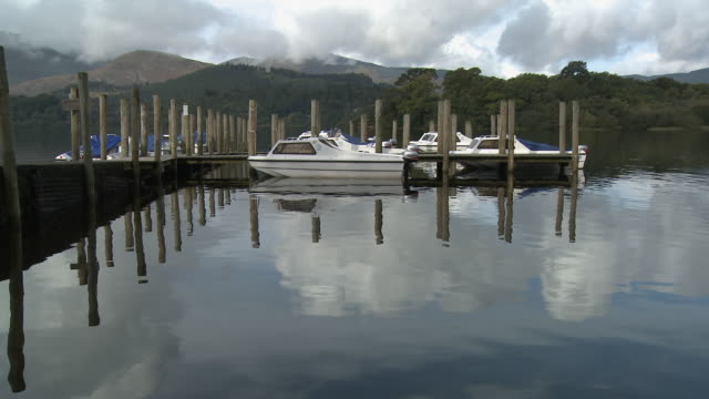 MS, Boats and jetty on Derwent Water, Lake District National Park, Cumbria, England
