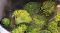 Koken van broccoli