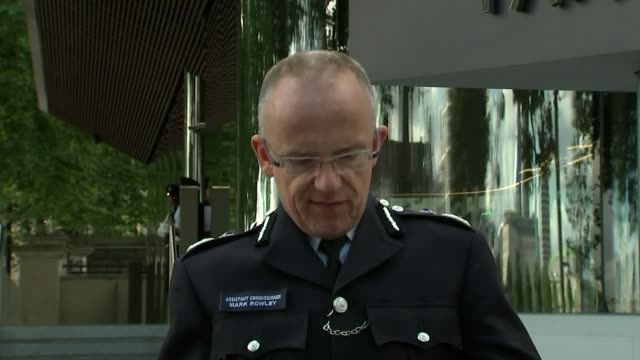 Bomb explodes on Tube train at Parsons Green London Scotland Yard EXT Assistant Commissioner Mark Rowley statement to press SOT