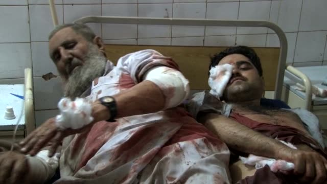 A bomb explosion kills at least 33 people in Pakistans northwestern city of Peshawar the third deadly strike to hit the city in the last week CLEAN...