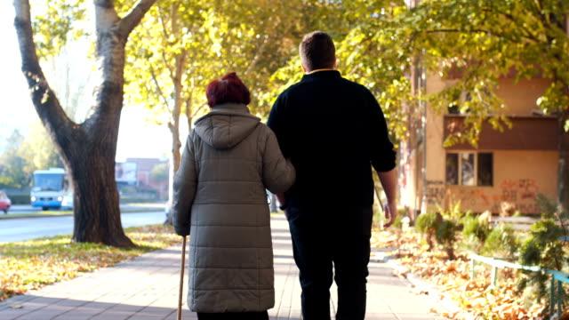 Band tussen kleinzoon en grootmoeder
