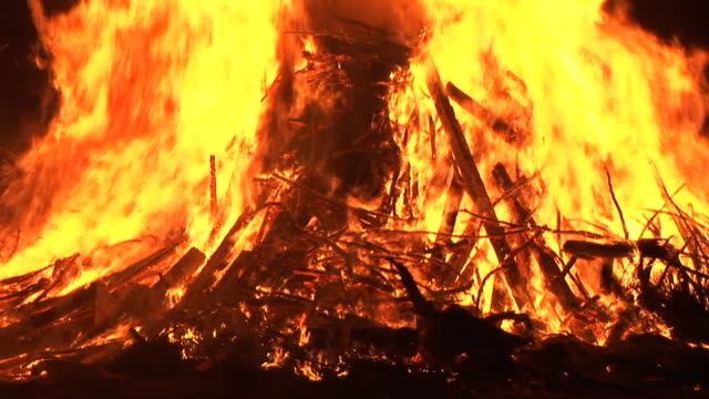 HD: Bonfire