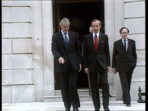 Peace plan reaction BBC EXT