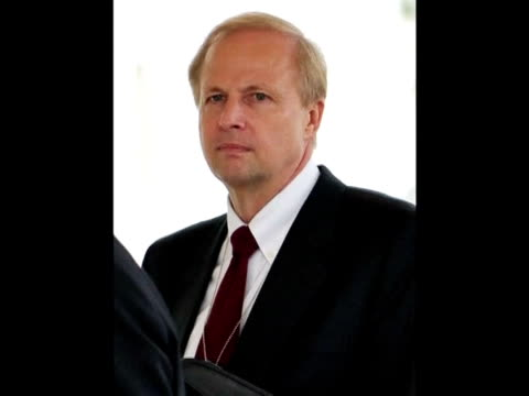 BP boss Tony Hayward will step down as head of the troubled oil giant the company said Tuesday after his heavily criticised handling of the Gulf of...