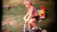 Junge auf dem Dreirad Super 8 1972 (HD1080