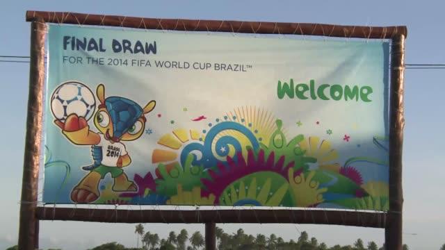 Brasil comenzo la cuenta regresiva Costa Do Sauipe en el nordeste se prepara para el sorteo de los grupos del Mundial 2014 el evento mas esperado del...