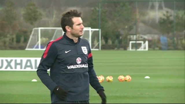 Roy Hodgson changes his mind over WAGs LIB / 332014 ENGLAND London Enfield Frank Lampard training END LIB