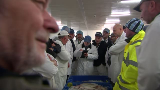 Leavevoting Grimsby accused of double standards asking for special dispensation for seafood industry ENGLAND Lincolnshire Grimbsy INT People gathered...