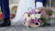 Braut und Bräutigam in der Nähe